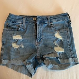 Hollister 00 shorts-mid rise